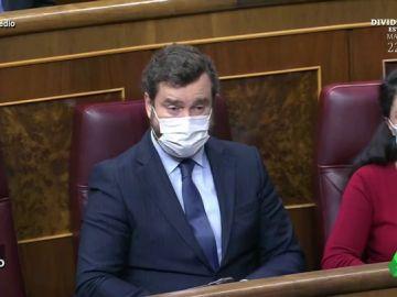 """Vídeo manipulado - Sánchez convence a Vox para apoyar los Presupuestos: """"¡Con mucho gusto, señor!"""""""