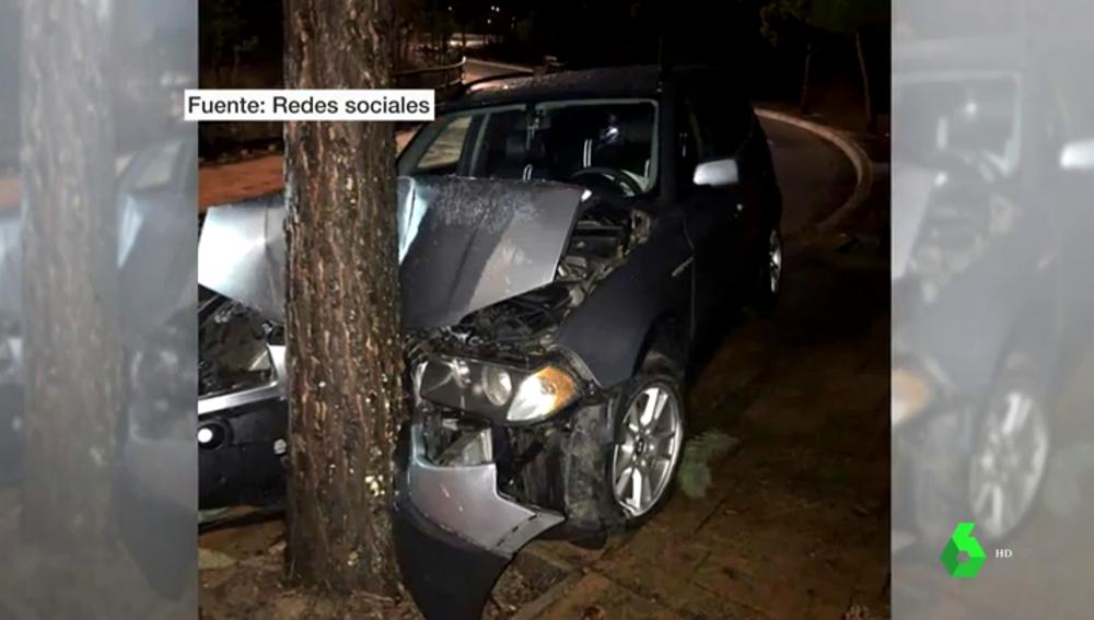 Imagen del coche siniestrado de un miembro de Podemos