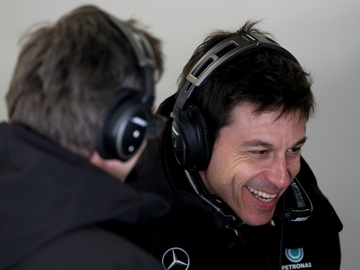 Toto Wolff, con James Allison