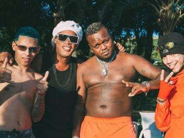 Ronaldinho, inmerso en su nueva aventura musical