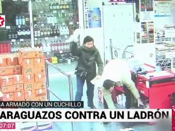 De paraguanzos a bastonazos: los vídeos virales de ancianas que arremetieron contra ladrones con lo que tenían a mano