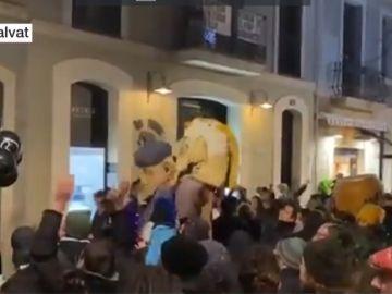 El movimiento okupa se manifiesta por las calles de Barcelona sin mascarilla ni distancia de seguridad