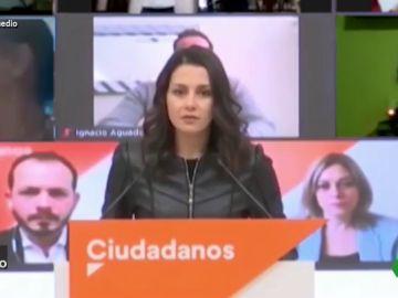 Vídeo manipulado - El boicot a Inés Arrimadas cuando defiende los valores de Ciudadanos ante la prensa