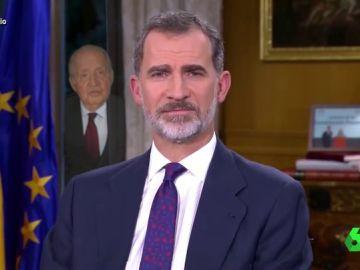Vídeo manipulado - Lo que no se vio del discurso del rey Felipe: así felicita la Navidad a España Juan Carlos I