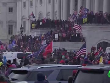 Mieles de seguidores de Trump tratan de asaltar el Capitolio