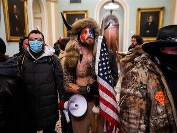 Asaltantes entran en el Capitolio de EEUU