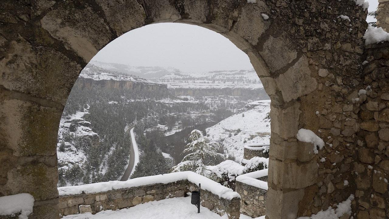 Cuenca cubierta por la nieve que deja el temporal Filomena