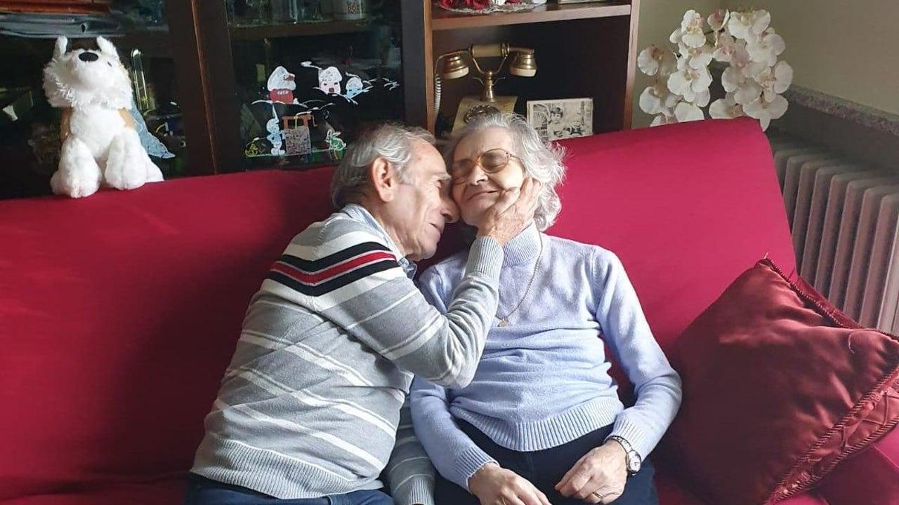 Stefano Bozzini junto a su mujer Carla Sacchi