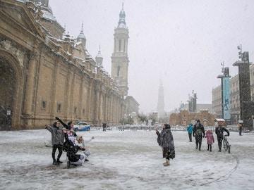 Imagen de la nevada en Zaragoza