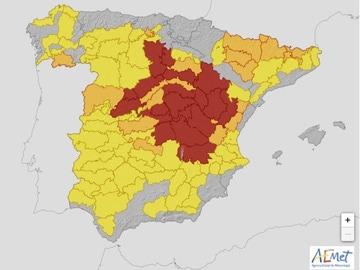 Mapa de la AEMET con las provincias en alerta roja, naranja y amarilla