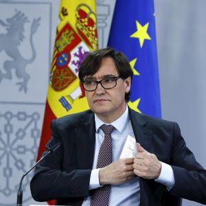 El ministro de Sanidad, Salvador Illa, durante la rueda de prensa posterior al Consejo de Ministros
