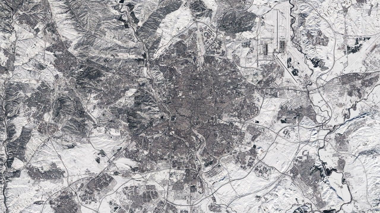 Imagen satelital de la Comunidad de Madrid cubierta de nieve.
