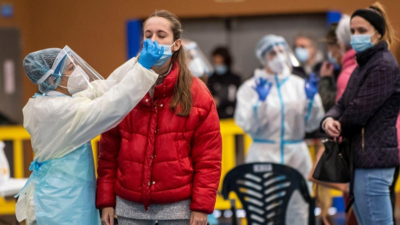 Nuevas medidas por coronavirus en Galicia, Cantabria, Madrid, Cataluña, La Rioja, Navarra, y últimas noticias de la Covid-19 en España hoy