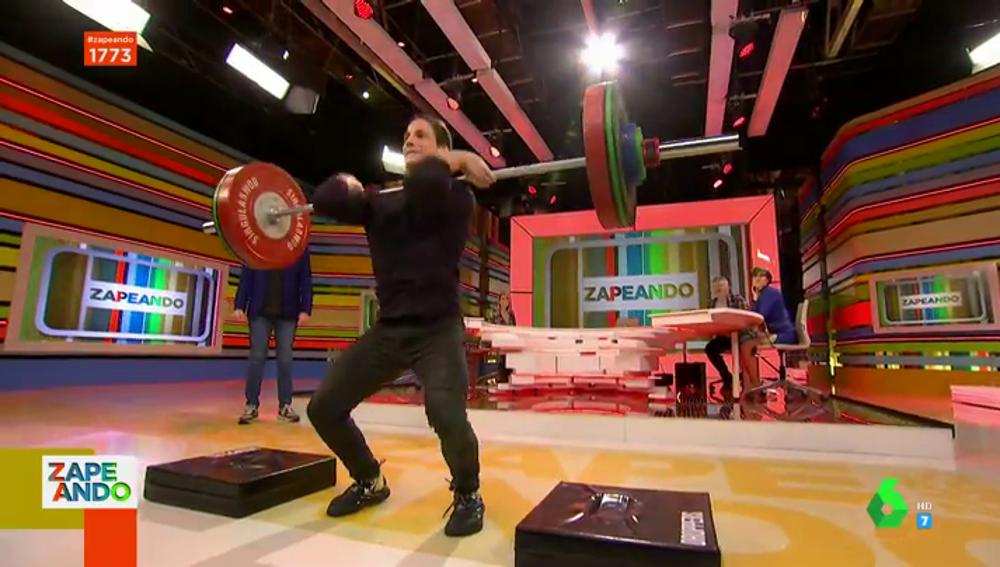 El impresionante momento en el que Gotzon Mantuliz levanta 100 kilos