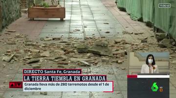 Cascotes en una calle de Santa Fe tras los últimos terremotos