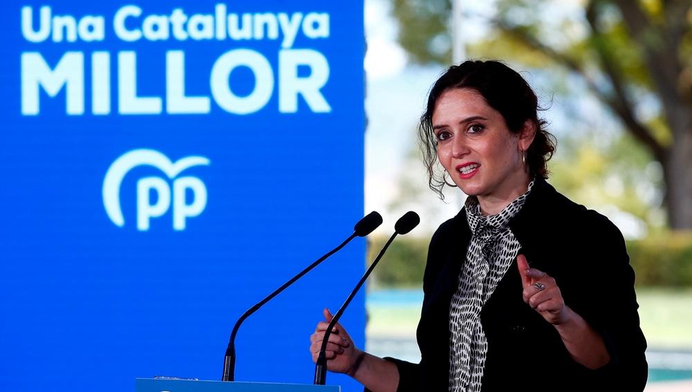 La presidenta de la Comunidad de Madrid, Isabel Díaz Ayuso, en un acto electoral en Barcelona