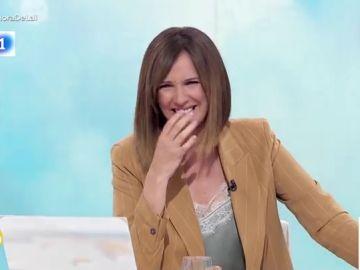 El ataque de risa viral de la presentadora Mónica López al aparecer una marmota gigante en plató