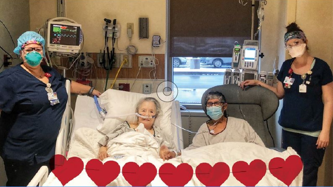 Frank y Terry junto a sus enfermeras