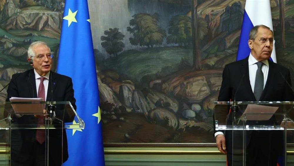 Josep Borrell y Sergei Lavrov