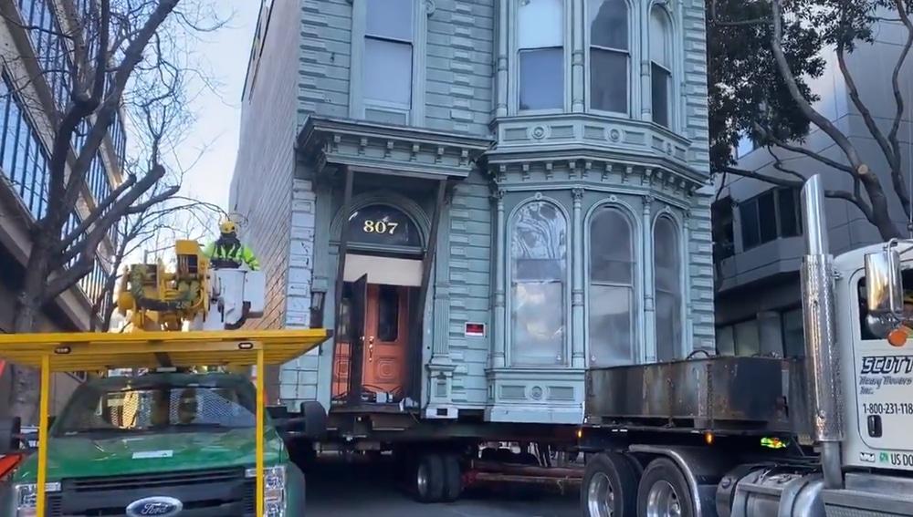 La casa, en plena mudanza en San Francisco.