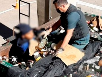 La Guardia Civil ha auxiliado y rescatado en el Puerto de Melilla, a 41 personas que iban ocultas en las bateas, camiones, contenedores y vehículos articulados.