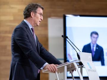 El presidente de la Xunta, Alberto Núñez Feijóo, en una rueda de prensa tras el Consello