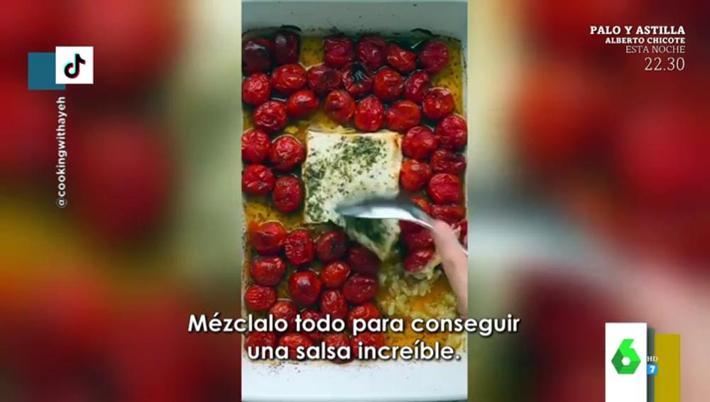 El origen de la receta viral de pasta con queso feta y tomates cherry que arrasa en las redes