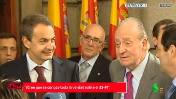 Imagen de hemeroteca del rey emérito junto a Zapatero y Bono