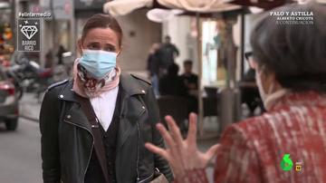 ¿Están ahorrando los españoles en la pandemia? Estas son las diferencias en un barrio rico y uno obrero