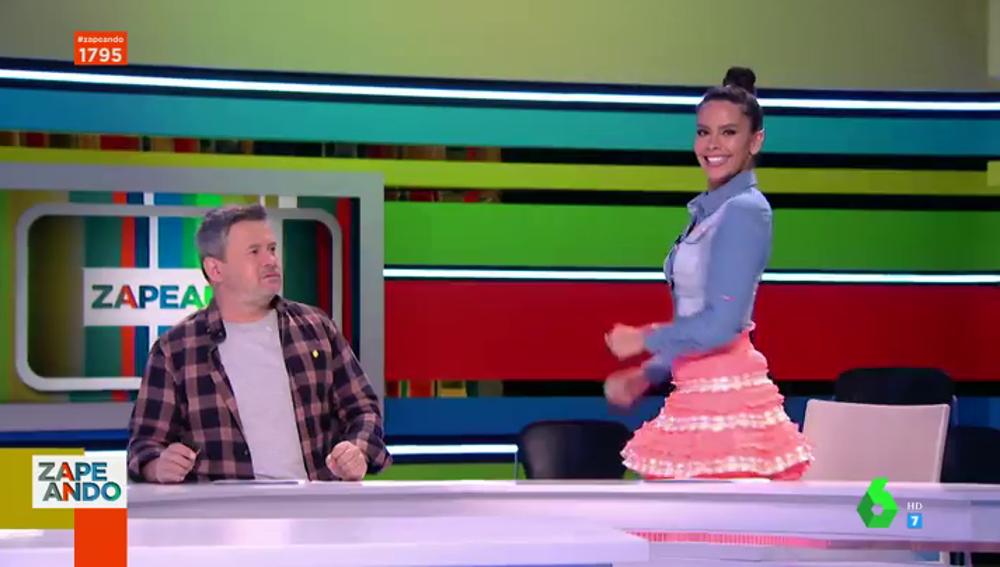 """El look 'mexicano' de Cristina Pedroche que fascina a los zapeadores: """"Es que ella lo luce muy bien"""""""