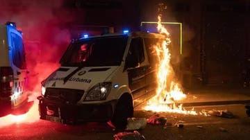 Queman un furgón de la Guardia Urbana en Barcelona