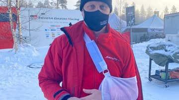 Janne Touhino, con el hombro dislocado