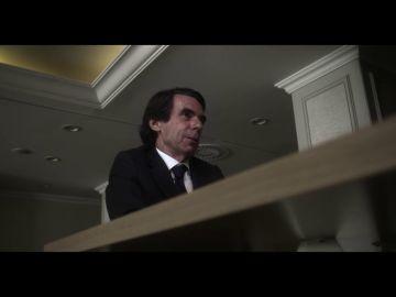 La confesión de Aznar sobre su polémica foto con Bush con los pies en la mesa: esto es lo que no se vio