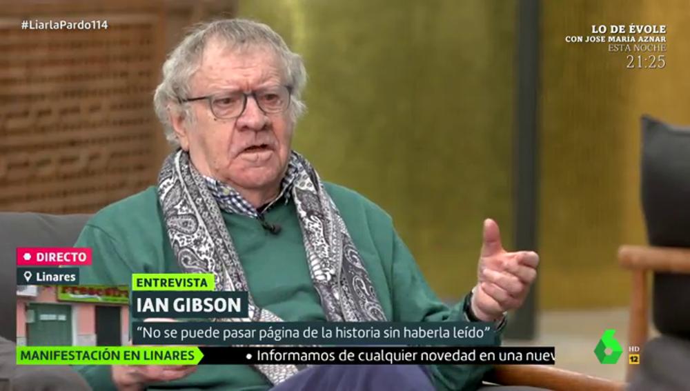 """El historiador Ian Gibson ve """"lamentable"""" la """"relación"""" del PP con Franco: """"No son capaces de asumir la criminalidad del régimen"""""""