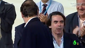 """El vídeo que 'demuestra' la """"frialdad"""" con la que Aznar trataba a Rajoy: """"Qué carita se le quedó de calimero"""""""