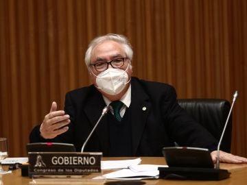 l ministro de Universidades, Manuel Castells, comparece en la Comisión de Ciencia, Innovación y Universidades celebrada en el Congreso de los Diputados, en Madrid