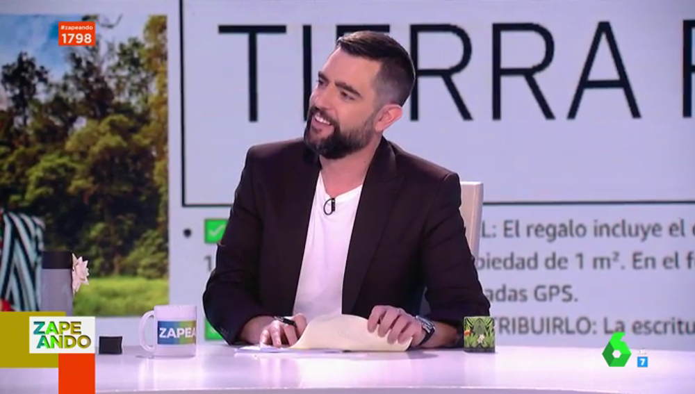 """Valeria Ros regala en directo un terreno de Costa Rica a Dani Mateo ante la sorpresa de Cristina Pedroche: """"Yo que tú no lo firmaría"""""""