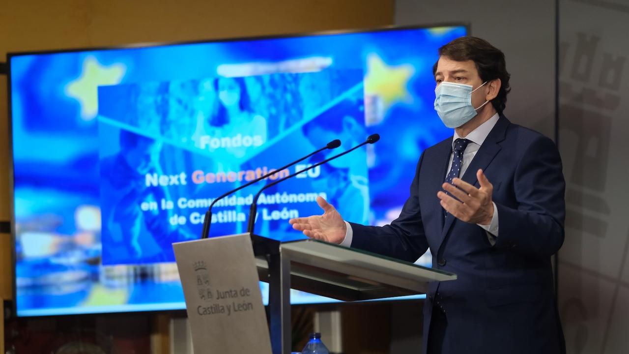 Alfonso Fernández Mañueco en rueda de prensa