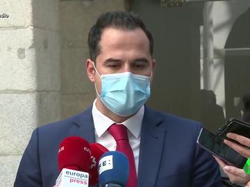 """Vídeo manipulado - Ignacio Aguado se confiesa: """"Lolita Sevilla me gusta cantando y de todas las maneras"""""""