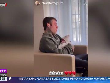 El cantante Fedez rompe a llorar al conocer a su primera hija con Chiara Ferragni