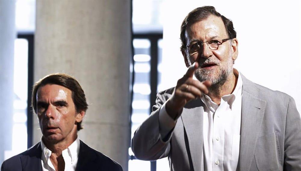 Los expresidentes del PP José María Aznar y Mariano Rajoy