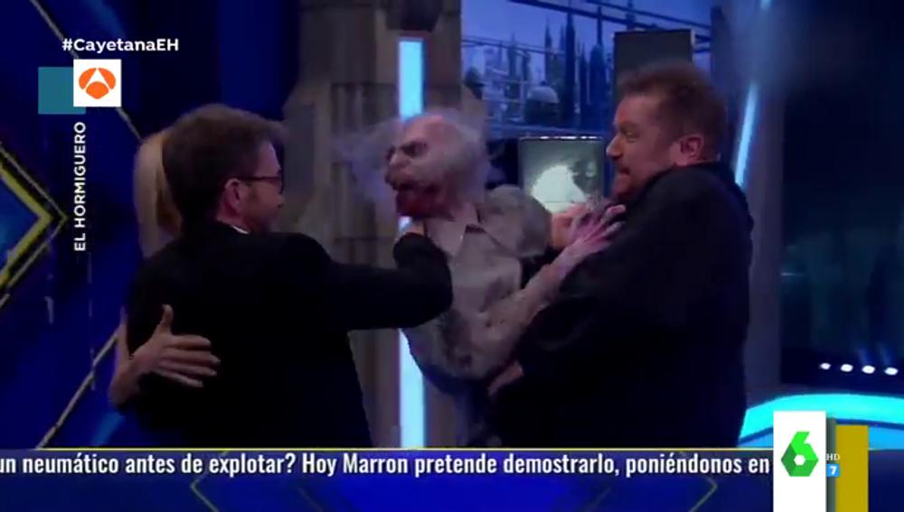 El susto de Cayetana Guillén Cuervo al ver un zombie en El Hormiguero