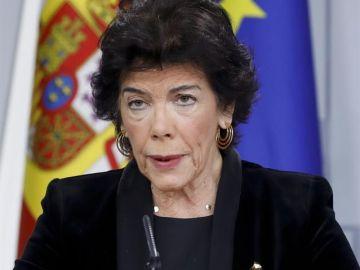 Isabel Celaá, ministra de Educación y portavoz del Gobierno en funciones, durante una rueda de prensa tras un Consejo de Ministros