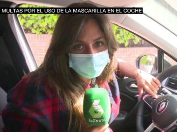 Yerma Ruano en el interior de un coche con mascarilla