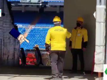 La verdad detrás del vídeo viral de pingüinos andando entre las obras del Bernabéu