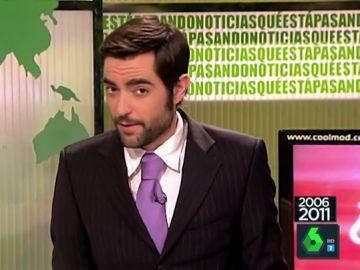 Cuando un jovencísimo Dani Mateo se vestía de traje para dar las 'noticias'