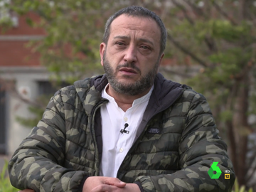 """El grito de justicia entre lágrimas de Emilio, hijo de un fallecido por COVID en una residencia madrileña: """"No han intentado salvarle"""""""