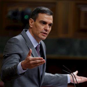 """Sánchez responde al """"quién se cree que es"""" de Casado"""