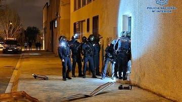 Agentes de los Mossos en un momento de la operación