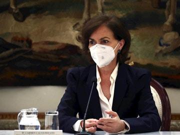 Carmen Calvo defiende que el Consejo Interterritorial podrá obligar a las CCAA a limitar la movilidad sin el estado de alarma